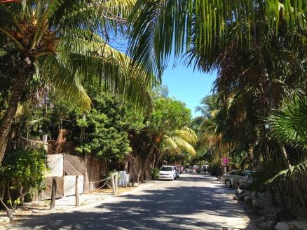 Tulum-beach-road1